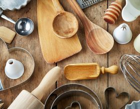 Kitchenware in Russian